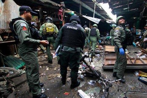 Теракт около «свиной лавки» нарынке вТаиланде, необошлось без жертв