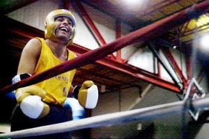 Однорукий боксер зустрінеться на рингу з учасником Олімпіади