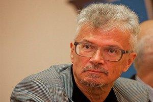 Биография Эдуарда Лимонова претендует на Гонкуровскую премию