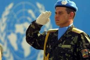 Янукович отправил украинских миротворцев в Конго