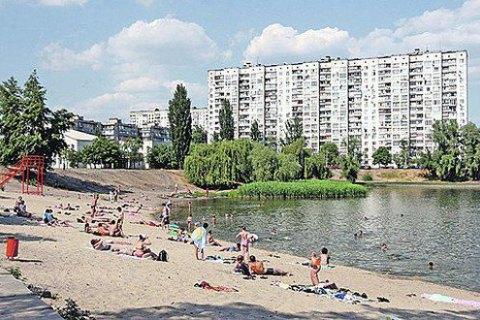 На п'яти пляжах Києва виявили кишкову паличку