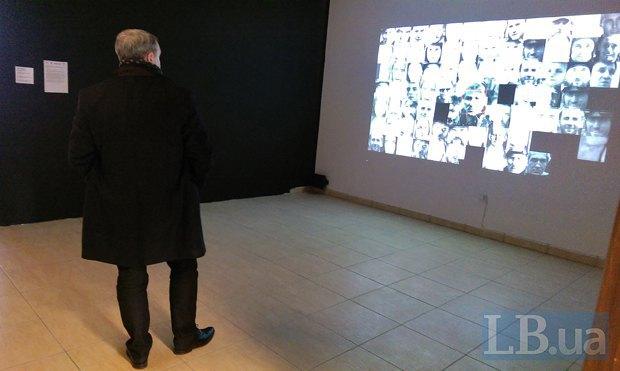 Дещиця на виставці українського медіа-арту