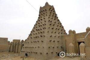 Малийские исламисты разрушают памятники культуры в Тимбукту