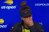 Третя ракетка світу в сльозах заявила про припинення кар'єри