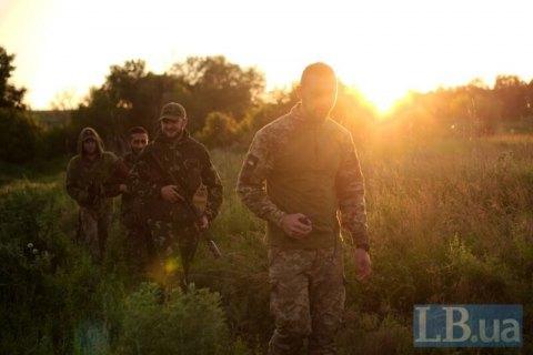 Один военный ранен с начала дня на Донбассе