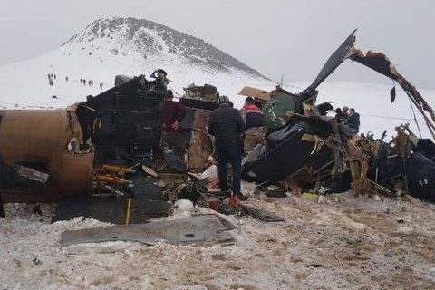 У Туреччині розбився військовий вертоліт, 11 загиблих