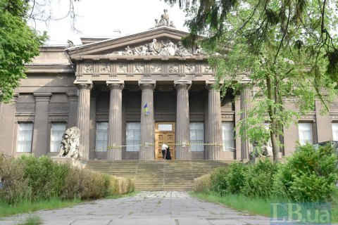 Музеї для країни – як валіза без ручки: що хоче держава від своїх музеїв і як музеї на це відповідають