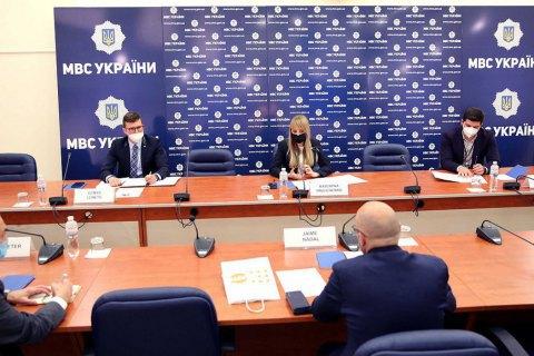 МВД изучает возможность создания открытого реестра домашних насильников