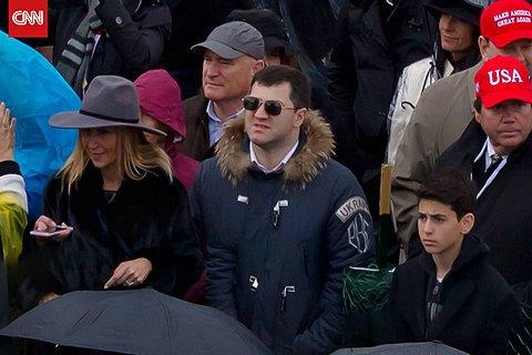 Насиров получил выговор за поездку на инаугурацию Трампа