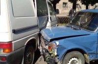 Пьяный водитель разбил девять машин в Черновцах
