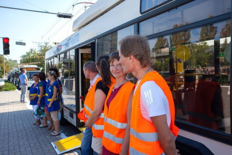 ЄС купив для Маріуполя чотири тролейбуси Дніпро Т103