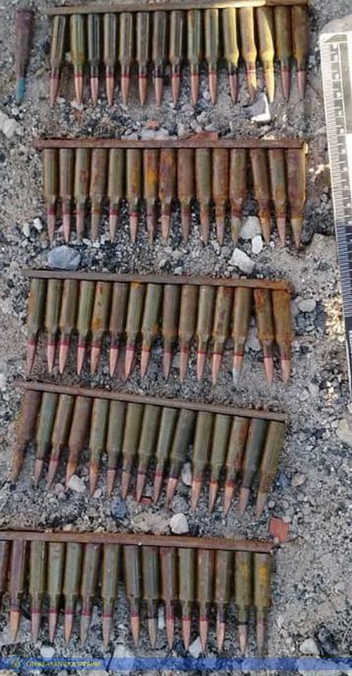 В Луганской области оперативники обнаружили два схрона с оружием террористов «ЛНР»