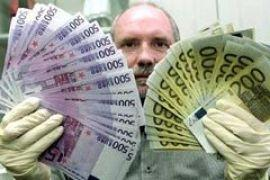 В мире наблюдается бум фальшивых евро