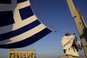 Банки Греции потерпели рекордные убытки в прошлом году