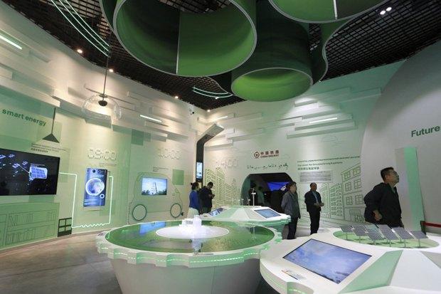 Китайский павильон на выставке EXPO-2017 Энергия будущего в Астане, 11 июня 2017.