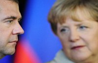Медведев распорядился провести перекрестные года Германии и России