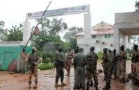 В Мали при попытке государственного переворота арестовали президента и премьера