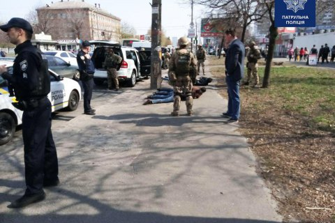 Прокуратура объявила о подозрении пятерым иностранцам, стрелявшим в предпринимателя