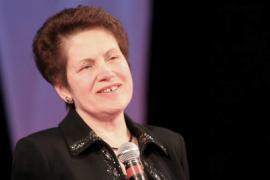 Люся Янукович культурно объединила Украину