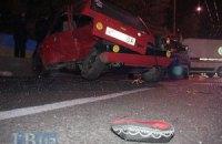 ДТП в Киеве: в результате столкновения  BMW и Fiat пассажир вылетела через лобовое стекло