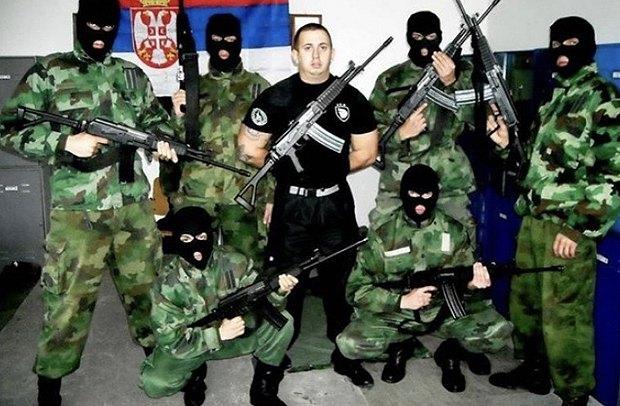 Члены российского «гуманитарного лагеря», которые якобы занимаются гуманитарной работой.