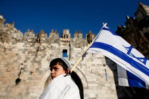 """Ізраїль переніс відкриття кордонів для вакцинованих туристів на 1 серпня через """"індійський"""" штам ковіду"""