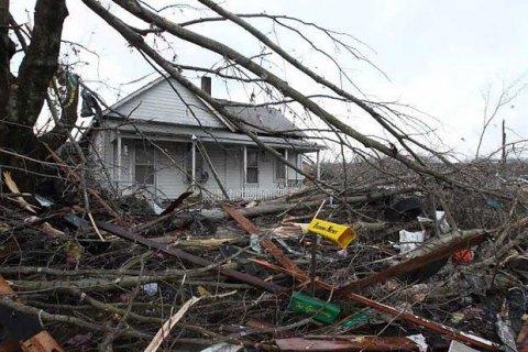 Кількість загиблих через торнадо і повені на півдні США зросла до 26 осіб