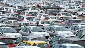 Продажі автомобілів в Україні впали до мінімуму за 15 років