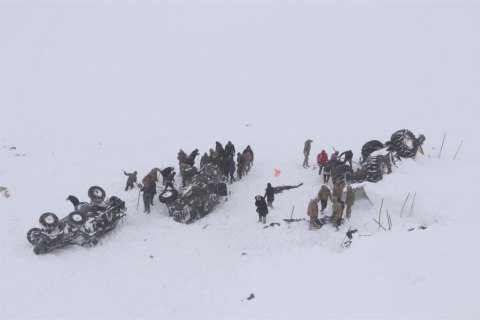 Сход снежной Лавины на востоке Турции: 33 погибших