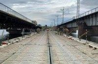 Біля зруйнованого мосту під Нікополем встановили понтонну переправу