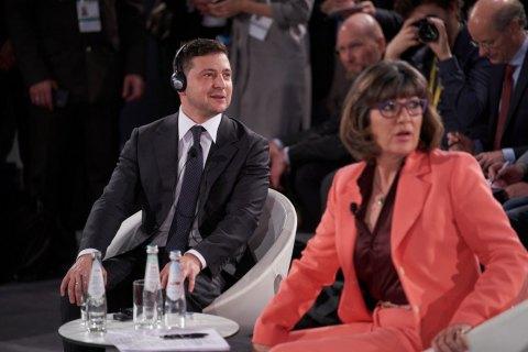 Зеленский попросил не называть Украину коррумпированной страной, потому что это уже не так