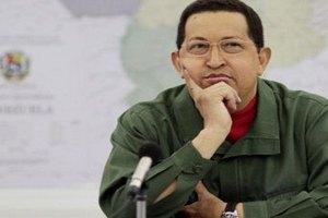 Чавес предупредил Венесуэлу о своем скором облысении