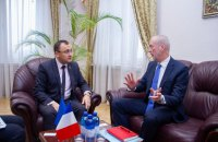 МИД начал подготовку визита Макрона в Украину