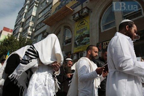 Израиль еще раз попросил Украину запретить паломничество хасидов в Умань в нынешнем году