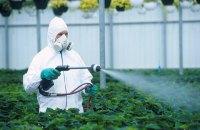Аграрії попросили Кабмін не забороняти популярні пестициди