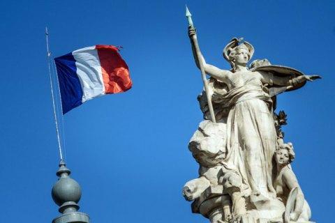 """Во Франции обнародовали новое анонимное письмо к властям с предостережением о """"гражданской войне"""""""