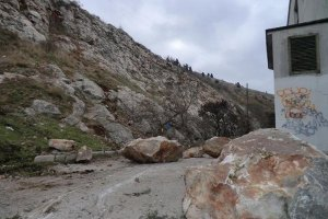 Трое украинцев пропали без вести в горах Непала