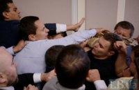 """""""Ляшковец"""" Мосийчук попробовал напасть на Кличко на заседании Киевсовета (добавлены фото и видео)"""