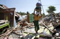 Число жертв землетрусу в Індонезії наблизилося до 400