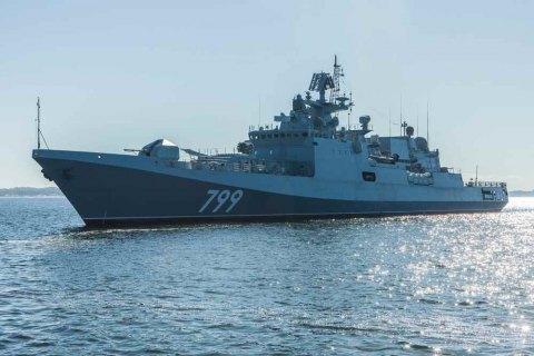 Российские боевые корабли вышли на учения в Черное море