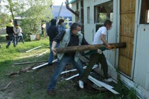 У Києві невідомі осквернили храм