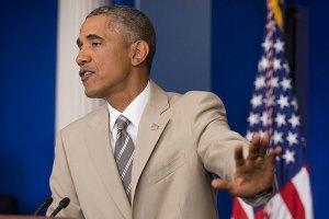 """Обама назвав економіку Росії розірваною """"на шматки"""""""