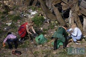 Работники СКМ убрали 2000 тонн мусора, разбросанного по Украине
