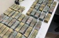 """Поліція знайшла $3,2 млн під час обшуків у """"ворів в законі"""" Умки і Лаші Свана"""