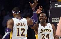 """НБА: Коби тащит """"Лейкерс"""" в плей-офф"""
