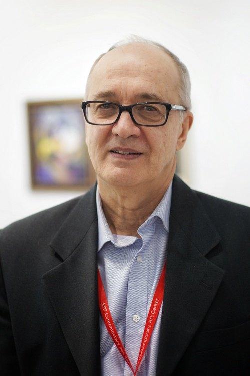 Мирослав Шкандрий