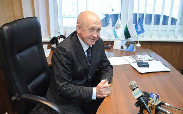 Николай Павлов, взяв паузу в футболе, некоторое время работал финансовым директором. Наука денег - его сильная сторона