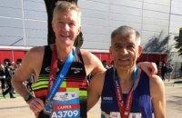 Два спортсмени двічі вибігли марафон із трьох годин протягом шести різних десятиліть