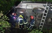 На Рівненщині рейсовий автобус потрапив у ДТП, 16 пасажирів госпіталізовано