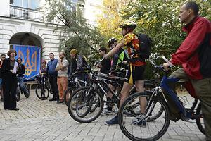 Велосипедисти провели акцію на захист старого Києва